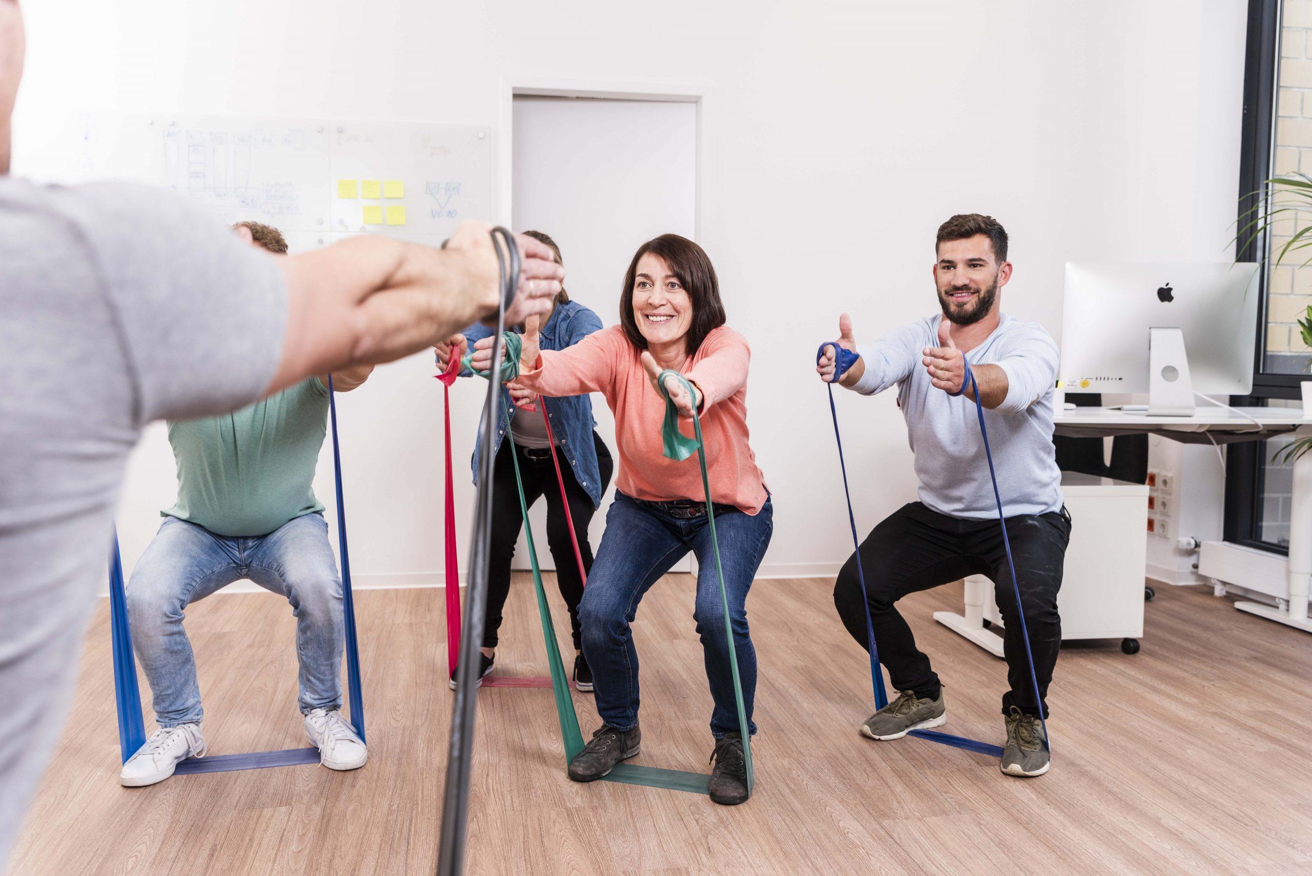 2019 Bild Primär zu verwenden Fit am Arbeitsplatz  klein scaled 1