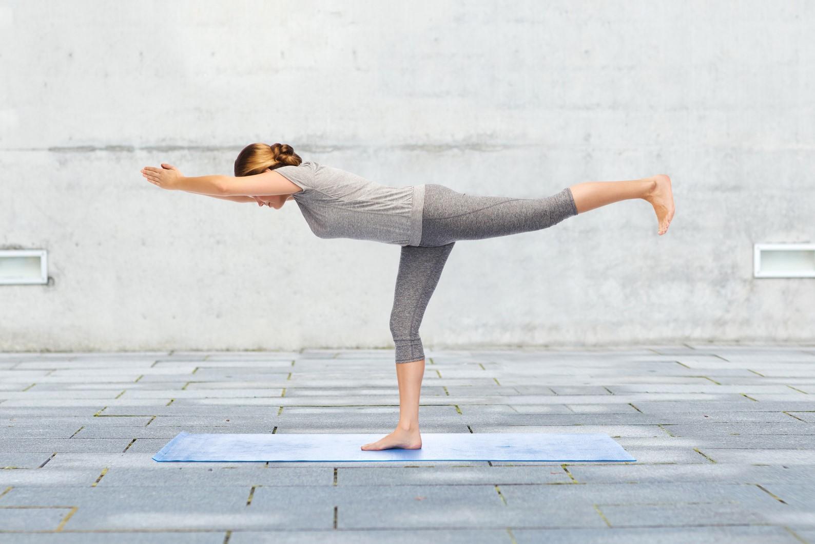 2019 Bild Stress und Entspannung Balance Standwaage