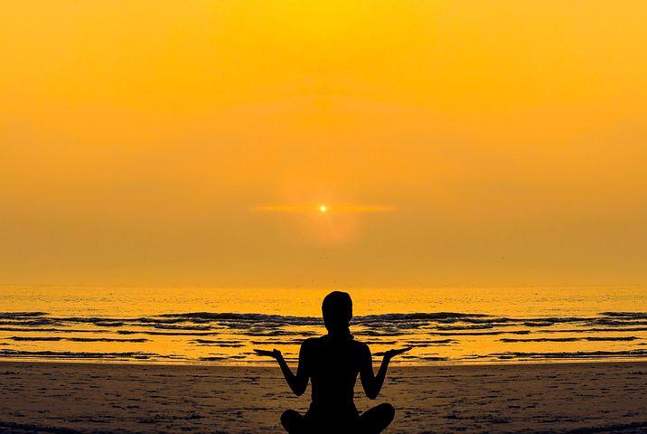 2019 Bild Stress und Entspannung Meditation Meer 1
