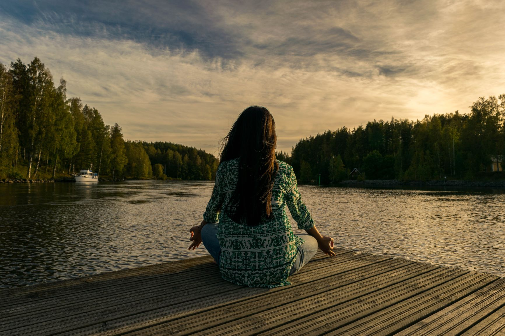 2019 Bild Stress und Entspannung Meditation See klein